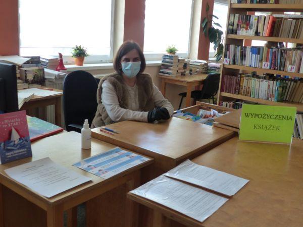 Teresa Lewandowska, bibliotekarka Biblioteki Publicznej w Wińsku